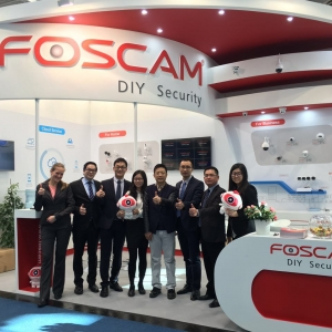 Foscam's  4.0 Megapixel Camera R4 is Making Its Debut at Cebit 2016